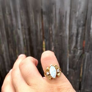 10 KT Gold Simulated Opal Marquise Statement Ring